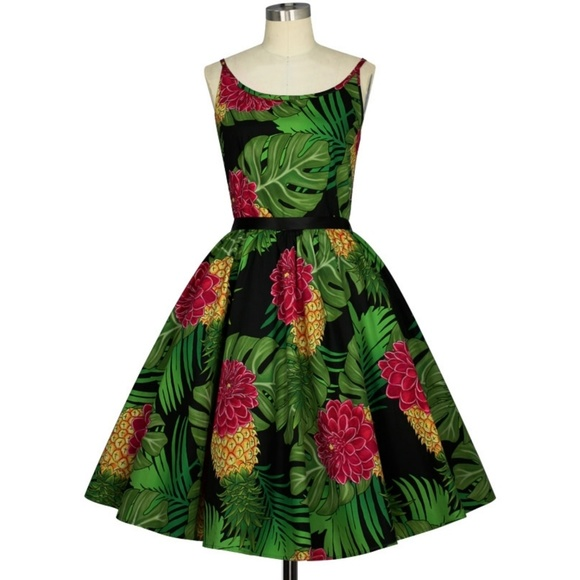 Plus Size Tiki Pin Up Clothing Pocket Day Dress NWT